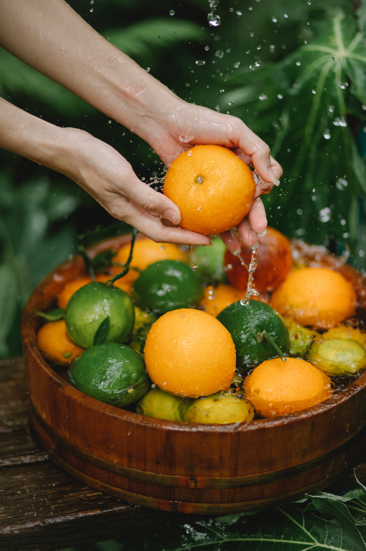Dados indicam que indústrias de alimentos e bebidas devem adotar melhores práticas para o uso de água