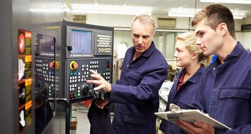 Treinamento sobre Apreciação de Risco em Máquinas da Schmersal