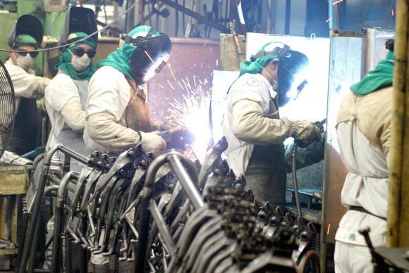 Economista da CNI Maria Carolina Marques fala sobre os Indicadores de Custos Industriais