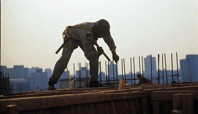 VÍDEO: Construção civil está menos pessimista. Veja os destaques do Minuto da Indústria